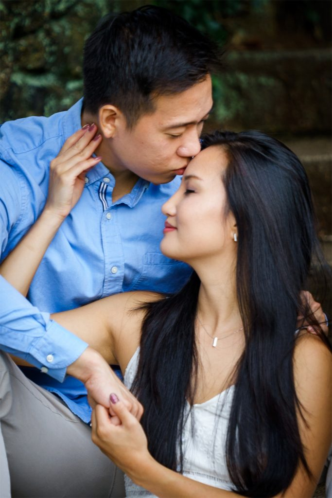 couple photoshoot at deep cut garden nj
